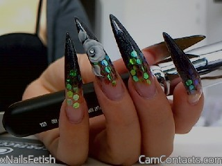 Start VIDEO CHAT with xNailsFetish