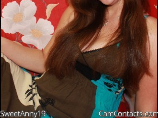 Start VIDEO CHAT with SweetAnny19