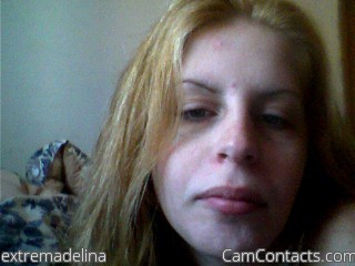 Start VIDEO CHAT with extremadelina