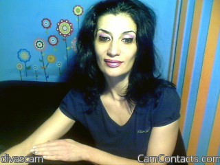 Start VIDEO CHAT with divascam