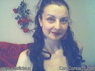 Start VIDEO CHAT with amourdelicieux