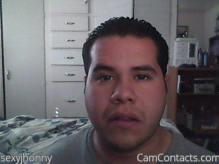Start VIDEO CHAT with sexyjhonny