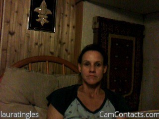 Start VIDEO CHAT with lauratingles