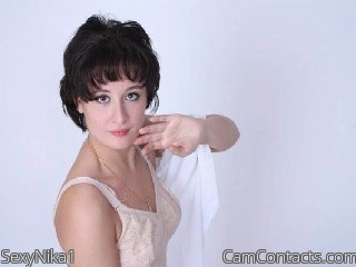 Start VIDEO CHAT with SexyNika1