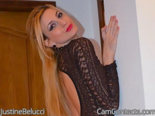 Start VIDEO CHAT with JustineBelucci