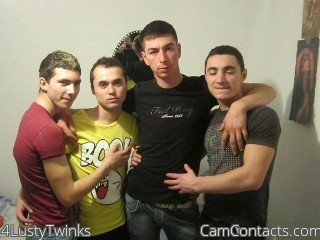 Start VIDEO CHAT with 4LustyTwinks