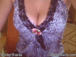 Start VIDEO CHAT with TenderShania