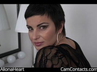Start VIDEO CHAT with AlionaHeart