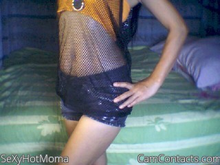 Start VIDEO CHAT with SeXyHotMoma