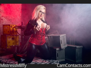 Start VIDEO CHAT with MistressMilffy