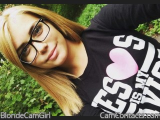 BlondeCamGirl