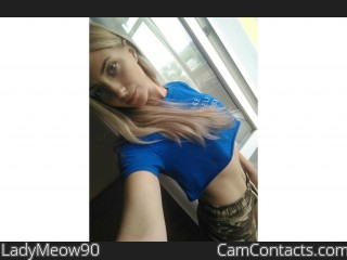 LadyMeow90