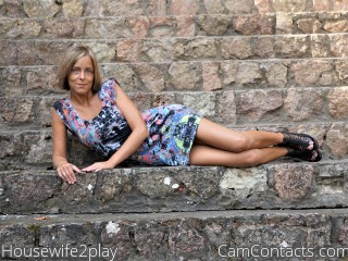 Housewife2play's profile