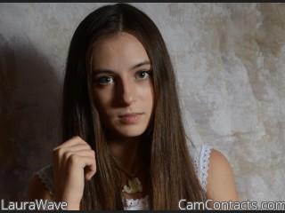 LauraWave
