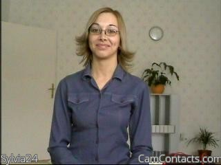 Start VIDEO CHAT with Sylvia24