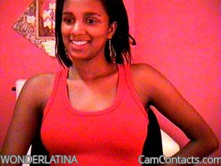 Start VIDEO CHAT with WONDERLATINA