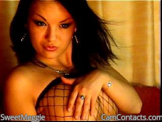 Start VIDEO CHAT with SweetMeggie