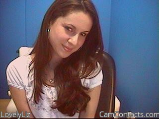 Start VIDEO CHAT with LovelyLiz