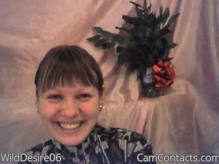 Start VIDEO CHAT with WildDesire06