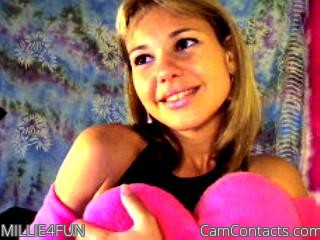 Start VIDEO CHAT with MILLIE4FUN