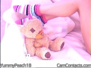 Start VIDEO CHAT with YummyPeach18
