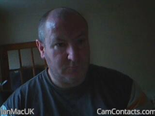 Start VIDEO CHAT with IanMacUK