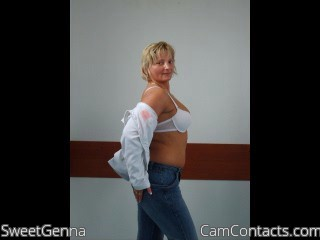 Start VIDEO CHAT with SweetGenna