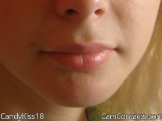 Start VIDEO CHAT with CandyKiss18