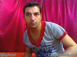 Start VIDEO CHAT with SexyActor