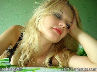 Start VIDEO CHAT with IcebergGirl