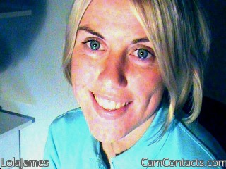 Start VIDEO CHAT with LolaJames