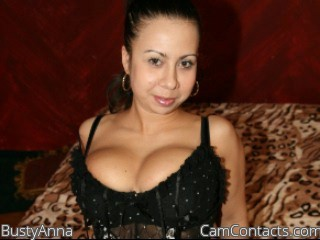 Start VIDEO CHAT with BustyAnna