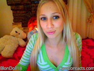 Start VIDEO CHAT with BlonDoll18