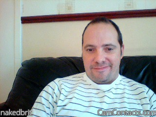 Start VIDEO CHAT with nakedbrit