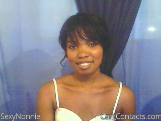 Start VIDEO CHAT with SexyNonnie