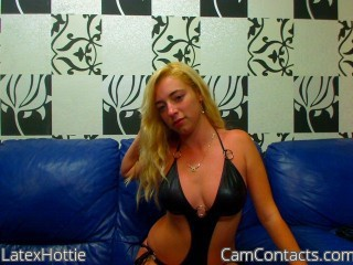 Start VIDEO CHAT with LatexHottie