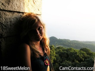 Start VIDEO CHAT with 18SweetMelon