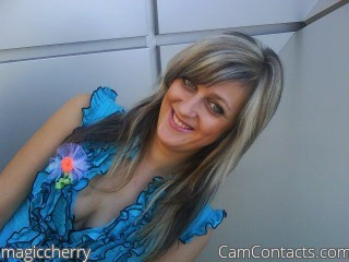 Start VIDEO CHAT with magiccherry