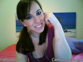 Start VIDEO CHAT with FallforRozlyn