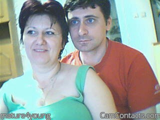 Start VIDEO CHAT with mature4young