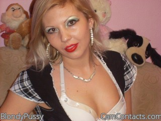Start VIDEO CHAT with BlondyPussy