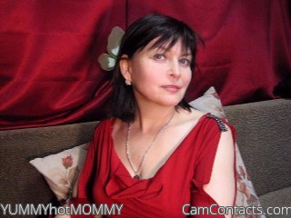 Start VIDEO CHAT with YUMMYhotMOMMY