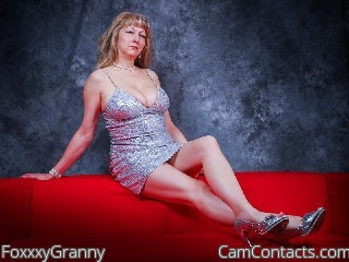 Start VIDEO CHAT with FoxxxyGranny