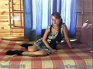 Start VIDEO CHAT with SweetTina19