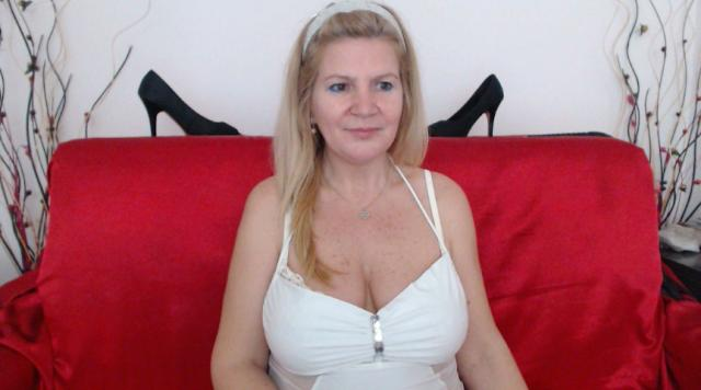 Find your cam match with Adama4u: Role playing