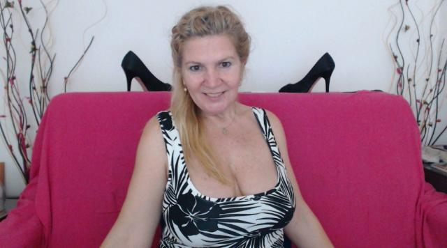 Connect with webcam model Adama4u: Penetration