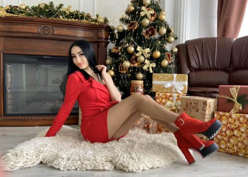 Connect with webcam model JUSTLIKEFIRE: Outfits