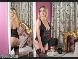 LIVE SEXCAM VIDEO CHAT mit NikkiBlue