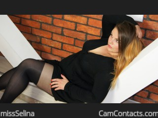Webcam model missSelina from CamContacts