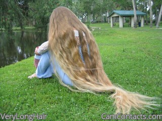 Webcam model VeryLongHair from CamContacts